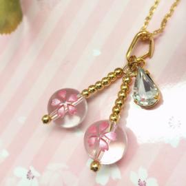 桜水晶のペンダントトップさくらんぼ